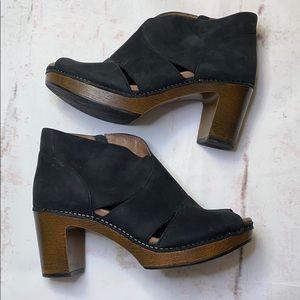 Women's dansko Delphina shoes size 41